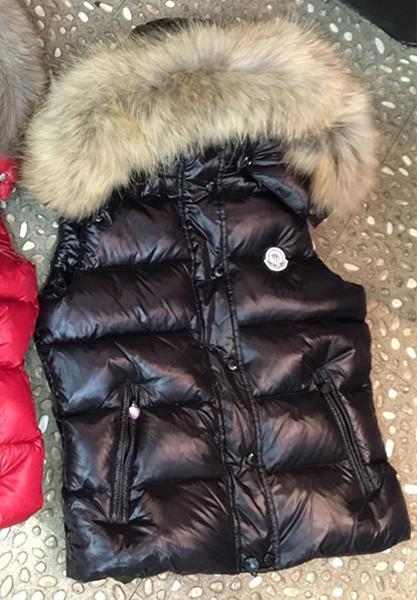 Branded Women Hooded Big Fur Collar Down Waistcoat Designer Lady Pocket Short length Sleeveless Vest Jacket Warm Coat