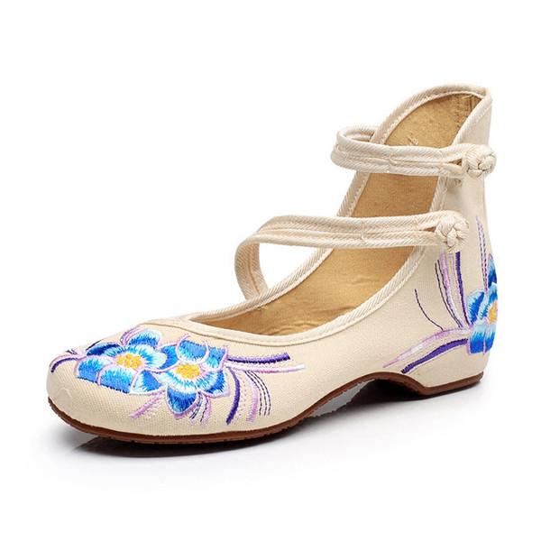 2018 zapatos de mujer clásicos Old Beijing Mary Jane Flats con zapatos casuales estilo chino bordado hebilla de tela zapatos de correa de mujer zapatos de lona