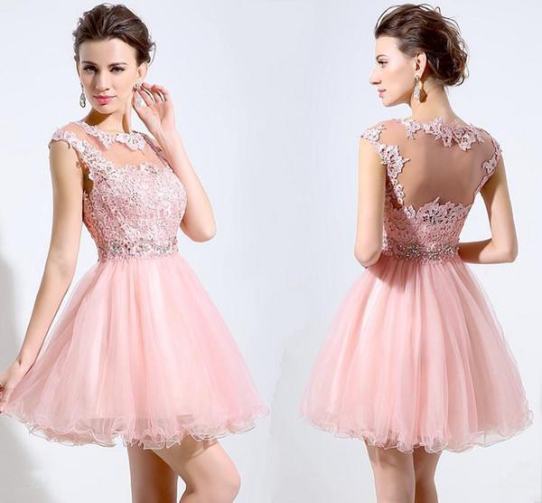 Vestidos Para Madrinha De Casamento Venda Quente Rosa Curto Homecoming Vestidos De Renda Apliques De Cintura Frisada Sem Mangas Ilusão De Volta