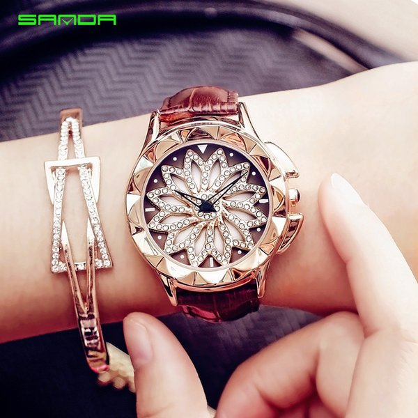 Hot! Ladies Fashion 2018 Wristwatches with Leather Band Casual Rhinestone Dress Bacelet Wristwatches Cheap Gift Watches Creative Women Clock