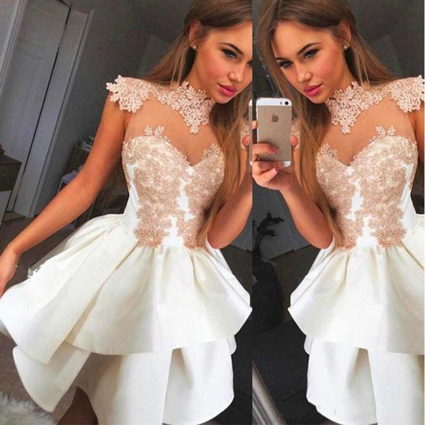 Incredibile Sheer White High Neck Homecoming Dresses Applique Cheap Arabo damigella d'onore breve Prom Dress Cocktail Party Club usura laurea