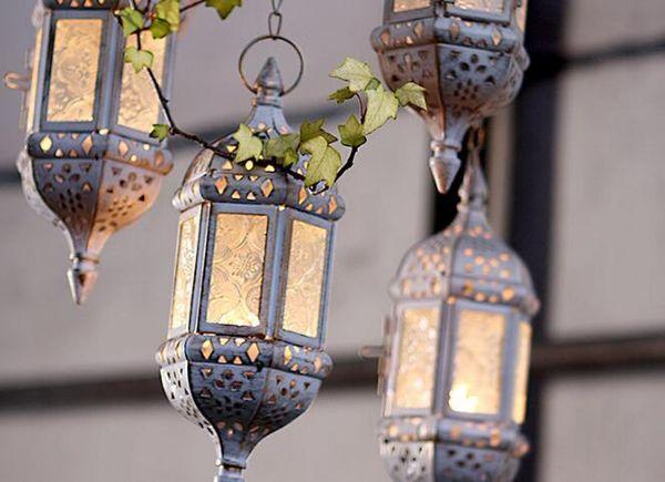 Metal Hollow Candle Holder Glass Hanging Candle Lantern Tea Light Holder Moroccan Candlestick Hanging Lantern Wedding decoration