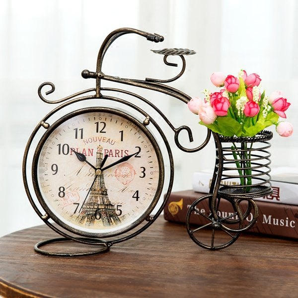 Wholesale-6 Inch Retro Style Tricycle Mute Table clock Vintage Iron Art Silent Desk Clock Decoration Ornament