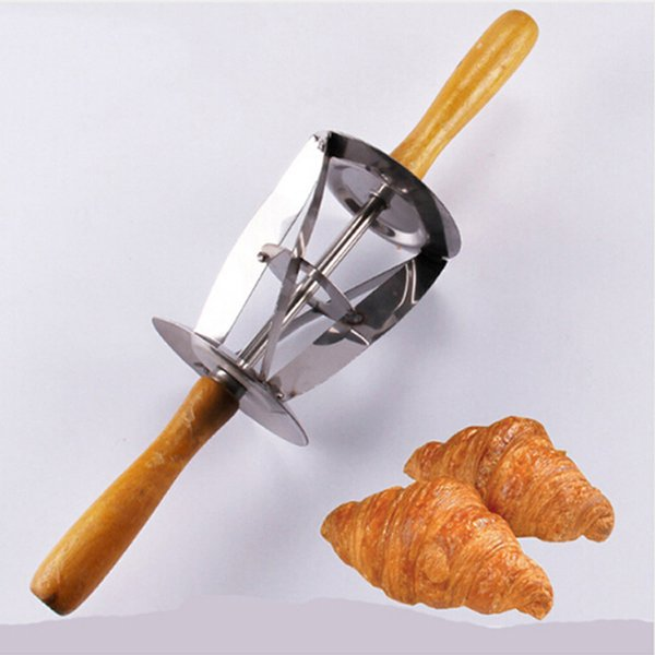 dough cutter Stainless Steel Dough Cutter for Making Croissant With Wooden Handle Rolling Knife For Croissant Bread ZQ890364