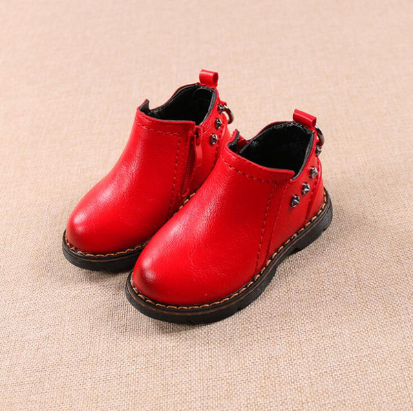 2019 autumn and winter new boy Zhongbang Martin shoes boots children soft bottom leather surface two cotton shoes boots children fashion war