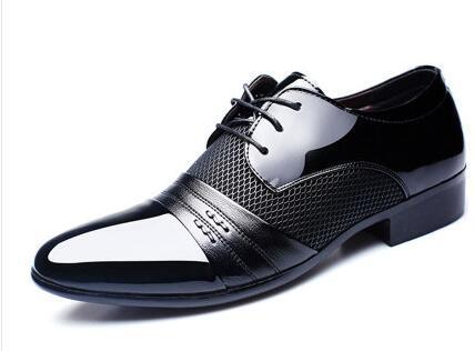 HOT Big taille de l'UE: 38-47 chaussures habillées pour hommes chaussures plates chaussures de luxe des hommes de luxe occasionnels chaussures en cuir noir / marron Derby