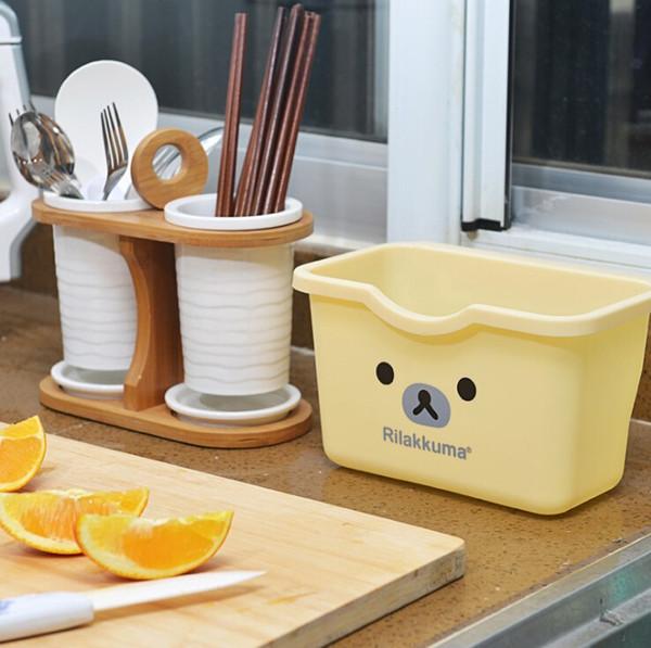 Wholesale-Cabinet door hang kitchen, toilet, desktop multi-functional plastic storage boxes trash can rubbish bin ovely bear easily