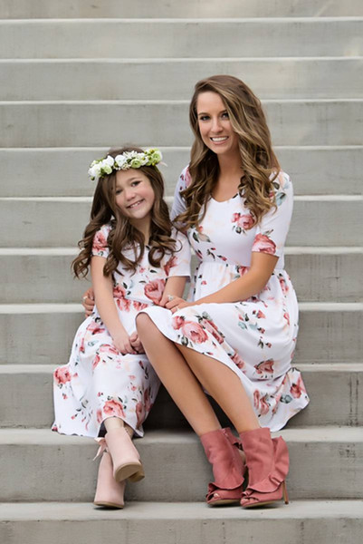 best selling Mother And Daughter Pink Rose Dress 2018 Family Matching Outfits Kids Parent Summer Flowers Dresses Child Casual Dress
