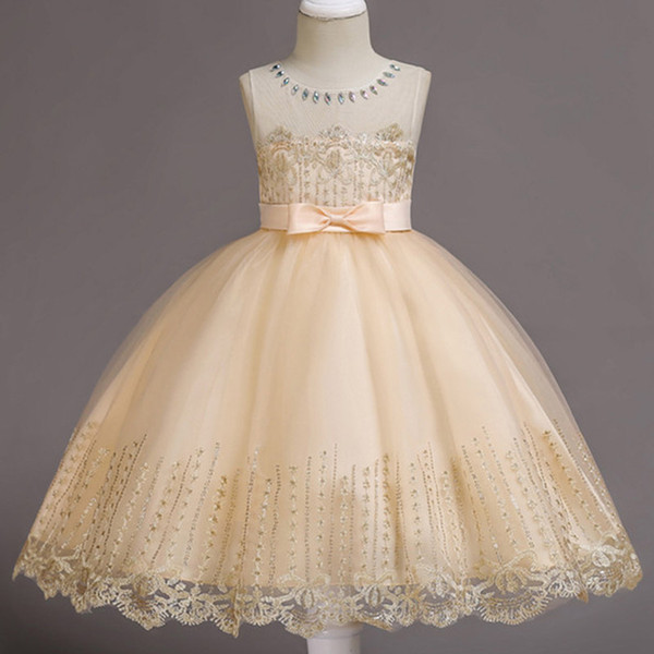 Cheap Cute White Ivory Ball Gown Long Sleeves Flowers Girls Dresses for Weddings Lace First Communion Dress Pageant Dresses with Bow 2018