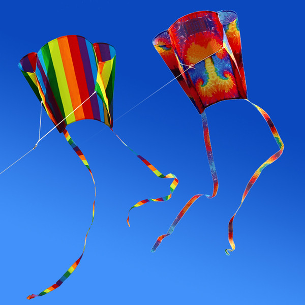 Chegada nova Colorido Parafoil Kite com 200 cm Caudas 30 m Voando Lidar Com Linha Ao Ar Livre Suave Praia Fly Kite Toy para Crianças Bom Vôo