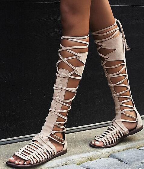 Novas Mulheres de Verão Plana Gladiador Do Joelho Botas Altas De Couro De Camurça Sandálias de Alta Qualidade Rendas Até Sexy Verão Boemia Botas de Senhoras