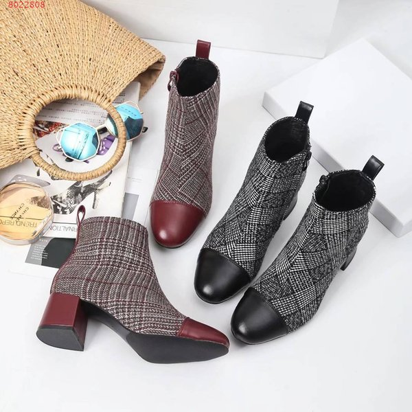 New chunky autumn and winter boots women Breathable sheepskin pad Italian Leather soles Double color stitching Lady's heel boots.
