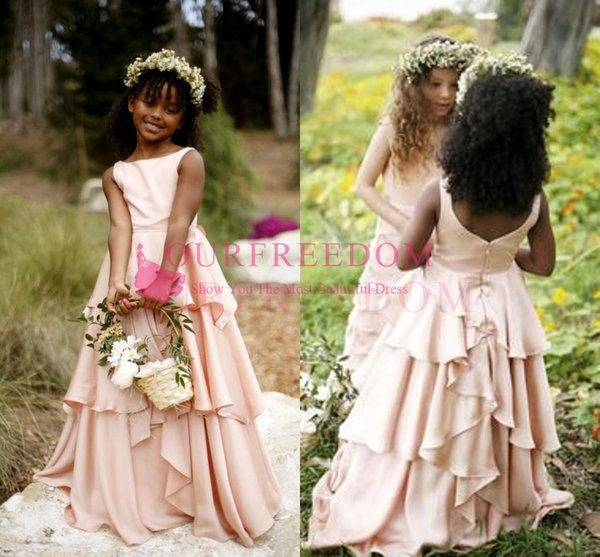 2018 Chic Rustic Dusty Pink Flower Girls Dresses Jewel Neck A Line Tiered Skirts Backless First Communion Dresses For Garden Wedding