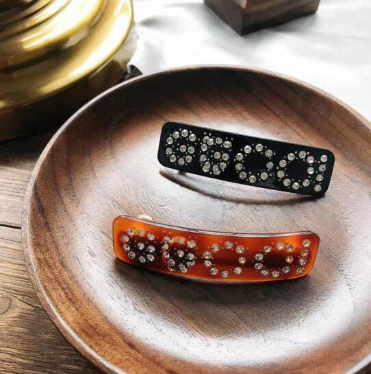 New Luxury Crystal Letters Morsetti per capelli Black Brown Barrette Women Girl Hair Accessories Hair Clips Jewelry