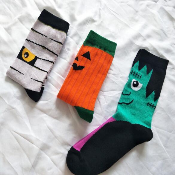 19 Stilleri Noel Cadılar Bayramı Çorap Yetişkin Noel Kabak Noel Baba Baskı Çorap Unisex Orta Tüp Çorap 2 adet / çift CCA10367 60 pairs