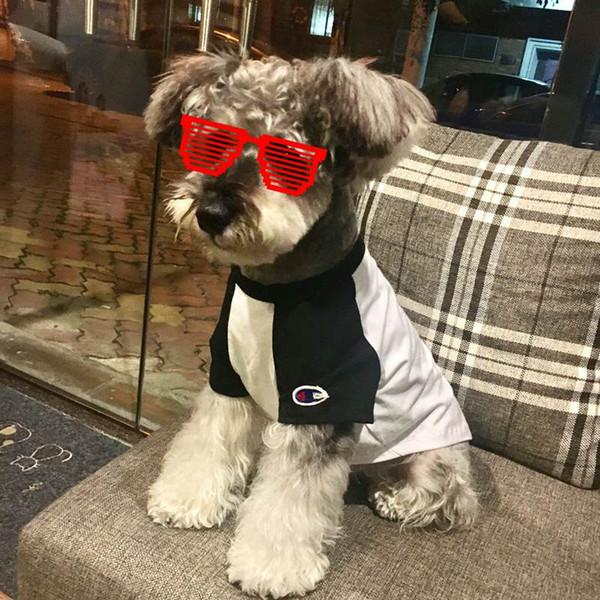 Popular Logo Dog Clothes Cat Clothes Cute Bulldog Puppy Schnauzer Apparel Autumn Summer Dog T Shirt GoodQuality Black Red Pet Apparel