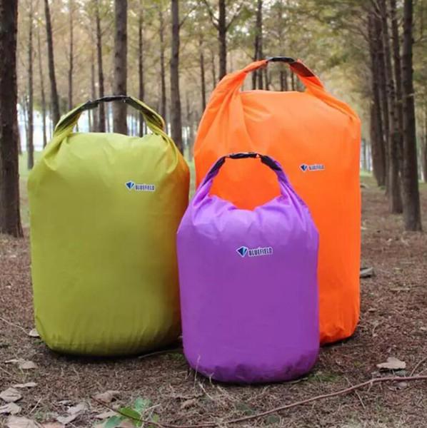 FreeShiping Portable Water Bag 20L 40L 70L Waterproof Storage Dry Bags for Canoe Kayak Rafting Sports Outdoor Camping Equipment Travel Kit