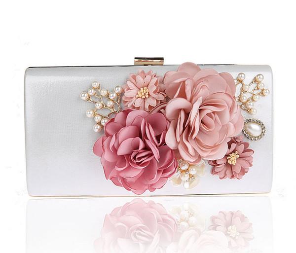 2019 New Handmade Fabric Flowers Evening Bag Luxury Wedding Bride Clutch Bag Pearl Party Handbag Mini Purses Wallet