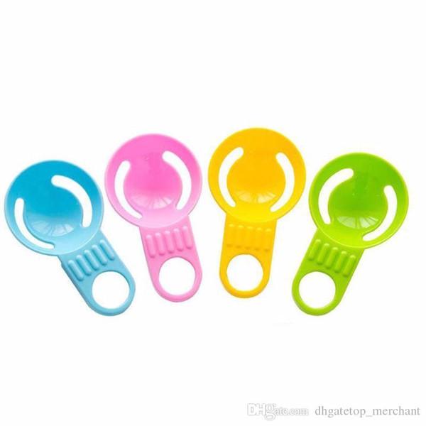 Séparateur d'oeufs blanc manuel / outil de cuisine Matériau diviseur de œuf gadget Séparateur de jaune d'oeuf