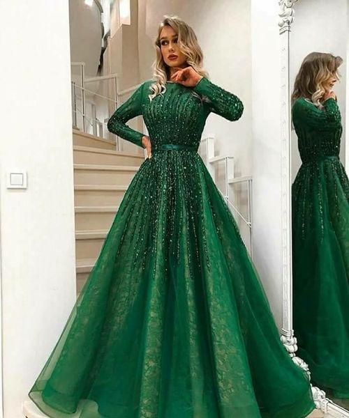 2018 Robes De Soirée Formelles Musulmanes En Tulle Perlé Sur La Dentelle À Manches Longues Balayage Train Vert Robes De Soirée