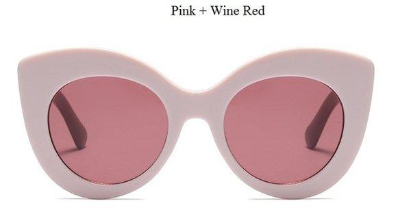 Vino Rosado De Color Rojo