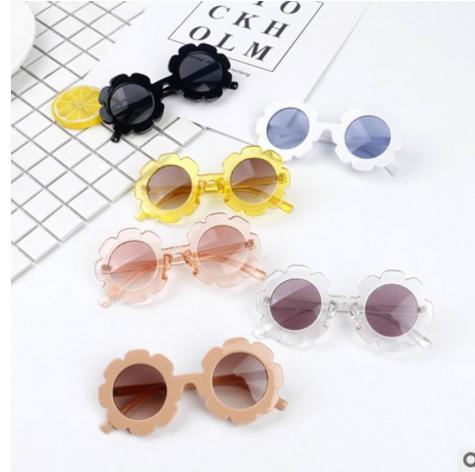 Quadro de alta qualidade crianças óculos de sol da flor do sol praia óculos de verão com um CASO do bebê boyGirl UV400 óculos Anti-Radiação