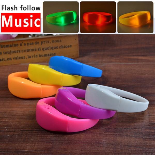 Color sólido Control de voz LED Pulsera Sonido Activado Resplandor Pulsera Para Clubes de Fiesta Conciertos Dancing cheers LX0754