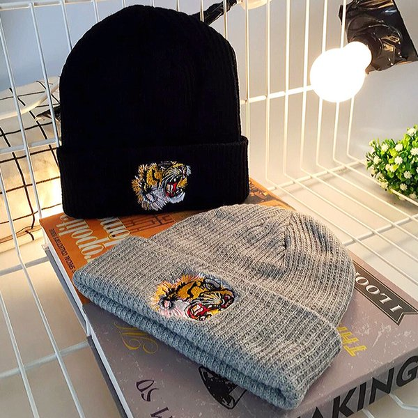New Autumn Winter Warm Cotton Beanie Knitted Embroidery Tiger Cap For Men Women Couple Hats Skullies Scarf Soft Wool Gorros
