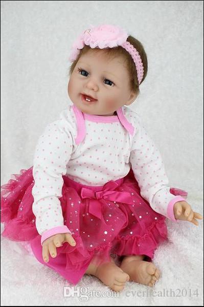 Nuovo Doll Reborn Babies Doll Realistico Real Looking Morbido Silicone Baby Dolls rinato Bonecas Brinquedos 22 pollici