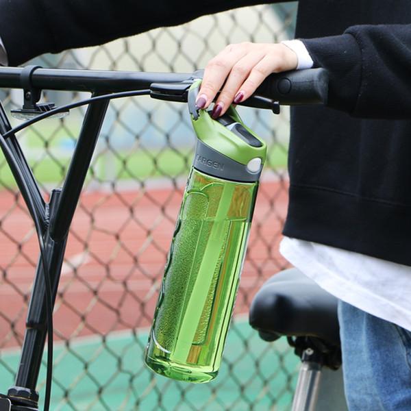 Garrafa de água de esportes 750ml com palha de plástico Eco Bpa Free Handle portátil garrafa de água chaleira de viagem