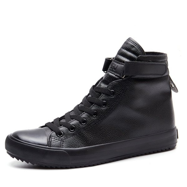 Fashion Black And White High Top Sneakers Men Ankle Boots Comfortable Lace Up Mens Leather Shoes Casual Hip Hop Shoes for Men Trainers