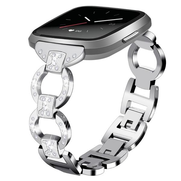 Elegante brazalete para bandas Fitbit Versa Reemplazo Círculo Diseño Diamante Correa metálica, color plateado, sin rastreador, ajuste para muñeca 5.8