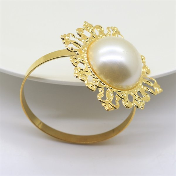 Wedding Receptions Gifts Napkin Rings Gold Trumpet Iron Pearl Diamond Design Buckle Banquet Dinner Christmas Table Decor 2ym jj