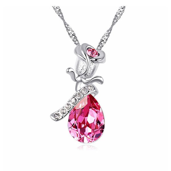 Austria Crystal Necklace -- a love rose woman Classic Sexy jewel