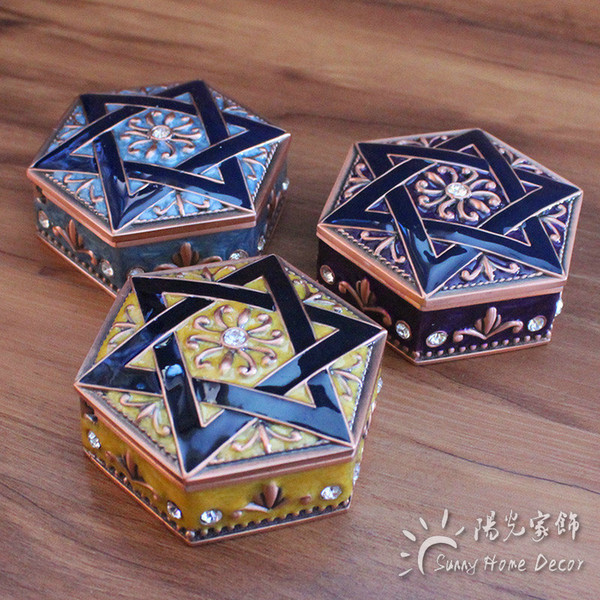 New Arrival Hexagon Jewelry Box 3 colors Enameled Trinkets Carrying Box cute Vintage Flower Carved Gift Packing Box