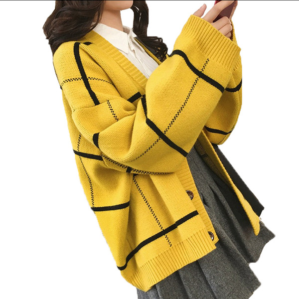 Autumn Loose Plaid Ladies sweater 2018 Han New Students Wild Button Long-sleeved Knit Cardigan Female Personality Fashion W36
