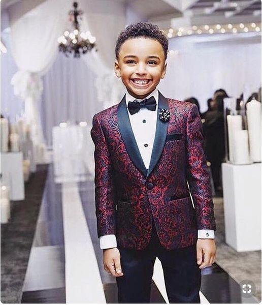 Boys Handsome 2 Pieces Burgundy Boy Ropa formal Negro solapa con pantalones negros