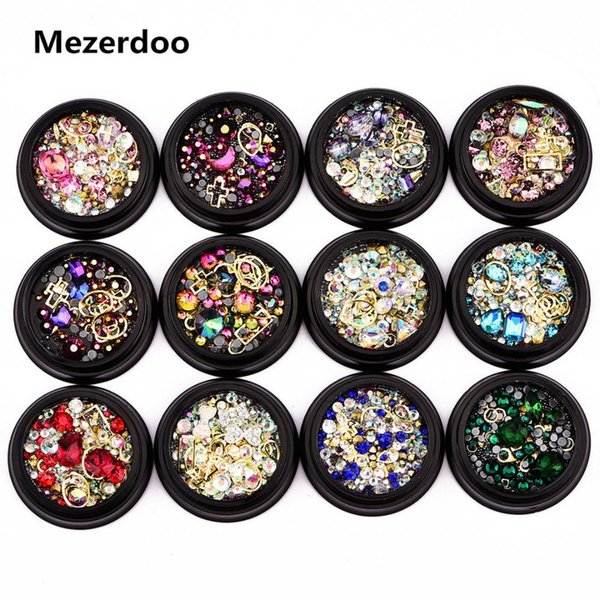 Nail Jewelry 1 Jar for Beads Caviar Nails Art Decoration Diamonds Tips Glass Glier Rhinestones for Nail Mixed 3D Manicure DIY