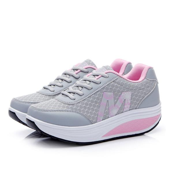 Großhandel Abnehmen Schuhe Frauen Sommer Atmungsaktives Mesh Sportschuhe Weibliche Fitness Schaukel Plattform Keil Schuhe Dame Verlieren Gewicht