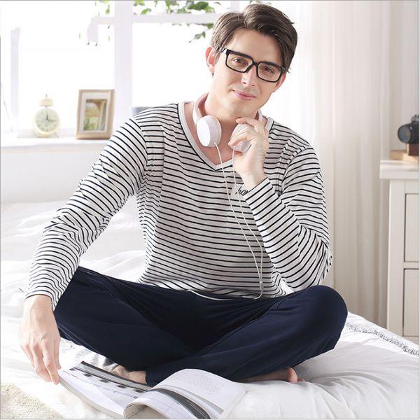 2017 Printemps Automne Marque Homewear Hommes Causal Rayé Pyjama ensembles Couples Coon Vêtements de nuit costume Mâle O-cou col chemises + pantalon