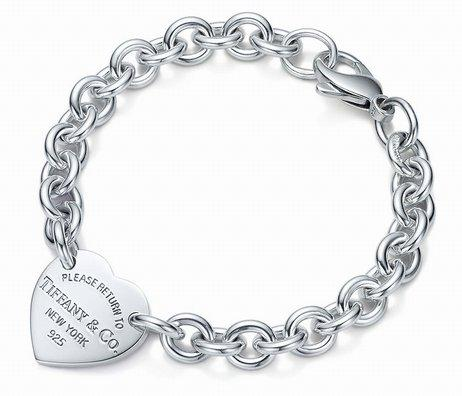 Haute Qualité Conception Celebrity Argenterie Bracelet Femmes Lettre En Forme De Coeur Bracelets Bijoux Avec Boîte