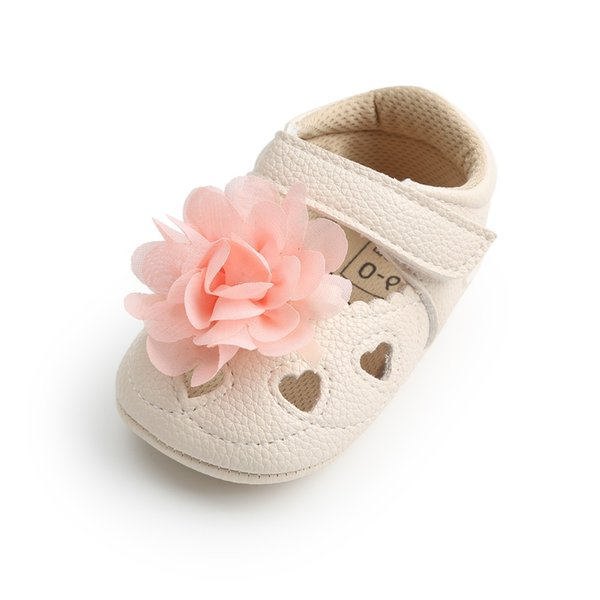 Big Flower Baby Girl Shoes Heart-Shaped Hollow PU Leather Hook & Loop Soft Sole Infant Baby Sandals Wholesale