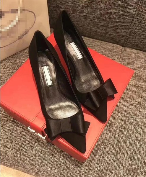2018 new shallow mouth sequined pointed toe stiletto shoes high-heeled suede leather bowtie Satin single European shoes