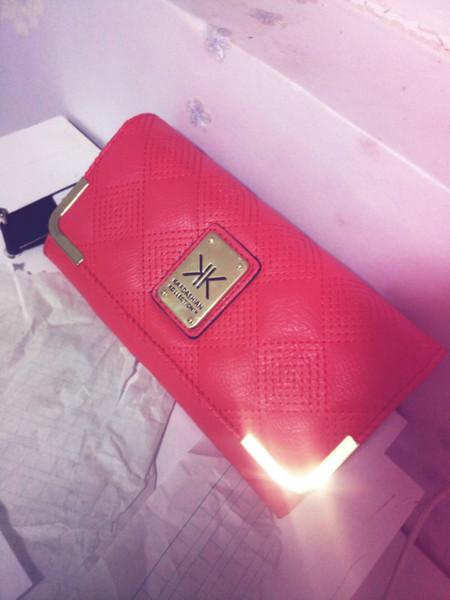 Hot! Hot!Hot! 2019 Leather Card Coin Holder Money Clip Long Phone Clutch Wristlet Zipper Fashion Cash Pocket Dollar Price Female Purse