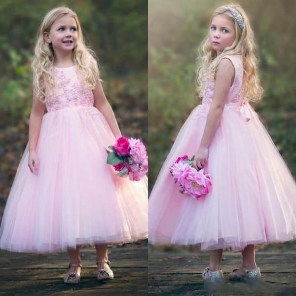 018 Sevimli Yürüyor Çocuk Pembe Çiçek Kız Elbise Batı Ülkesi Düğünleri Için Bir Çizgi Prenses Jewel Boyun Çay Boyu Kızlar Doğum Günü Elbise
