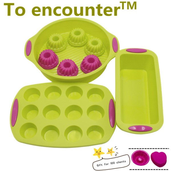 Wholesale-To encounter Round Shape Silicone Baking Cake Mold Square Shape DIY Toast Bread Pans Baked Muffin Pans 12 pieces Cupcake Molds