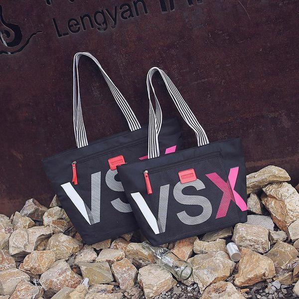 Famous Brand Fashion Handbags Women Travel Bag Designer Casual Letter Large Capacity Shoulder Bag Waterproof Beach Big Black Bags