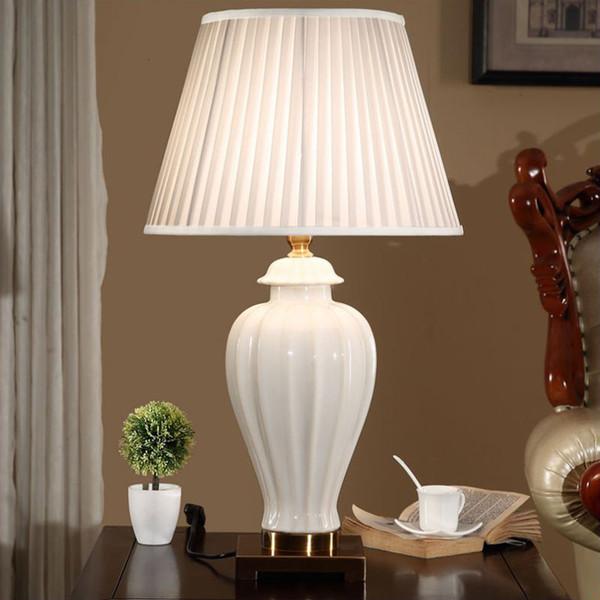 Chinese White ceramic table lamp Bedrrom Desk light For Wedding Upscale Villa Club Art Warm Hotel Home lighting Luminaire G581