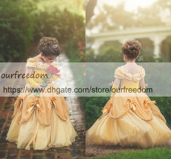 2018 Princess Ball Gown Flower Girls Dresses Spaghetti Straps Yellow Velvet Puffy Kids Pageant Gown First Communion Dresses Custom Made