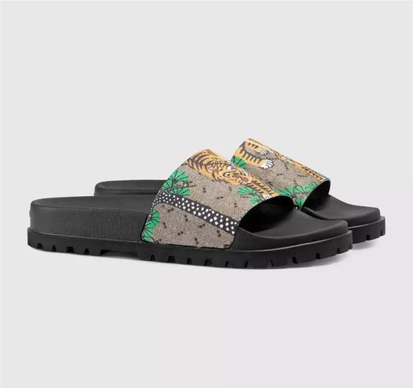 gute Qualität Männer Designer Hausschuhe Echtes Leder Clip Füße Flip Stil europäischen Tiger Linien Stil Schuhe Luxusmarke Sandalen mit Box
